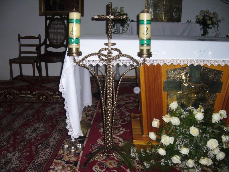 107świecznik liturgiczny